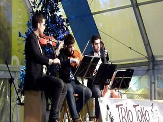 Trio Tono - Concierto de año nuevo en Plaza del Pilar de Zaragoza