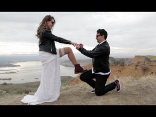Laura y Miguel (Trailer)