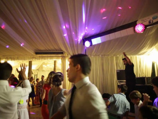 Dj Animador para bodas y eventos, diversión asegurada.