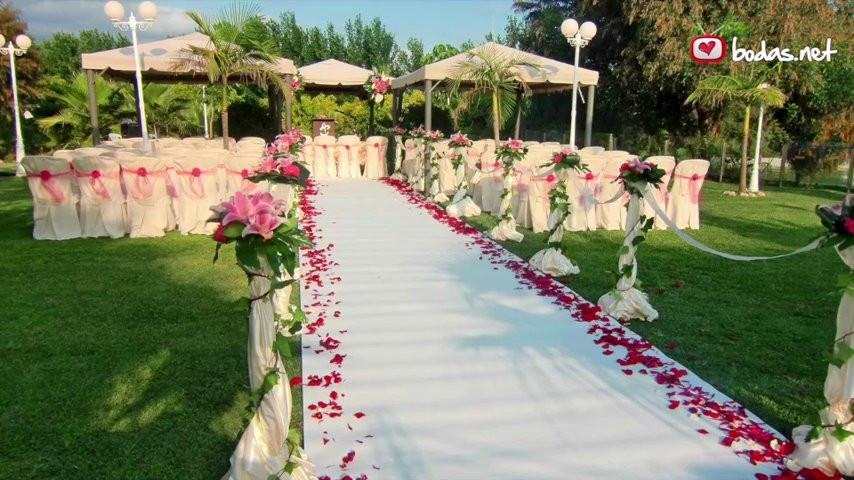 Jardines del trapiche jardines del trapiche v deo for Ver jardines decorados