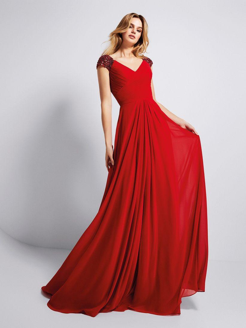 Vestido rojo largo accesorios