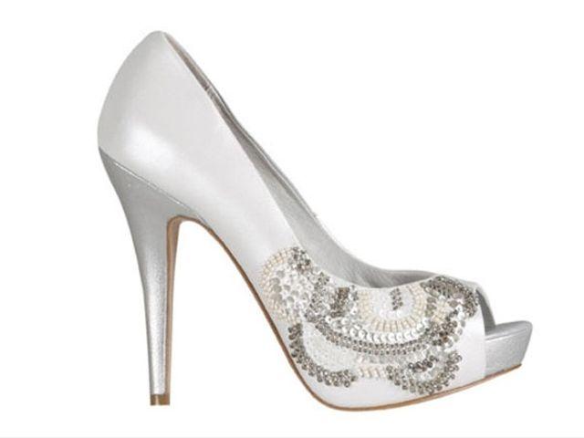 Zapatos de novia Menbur 2012