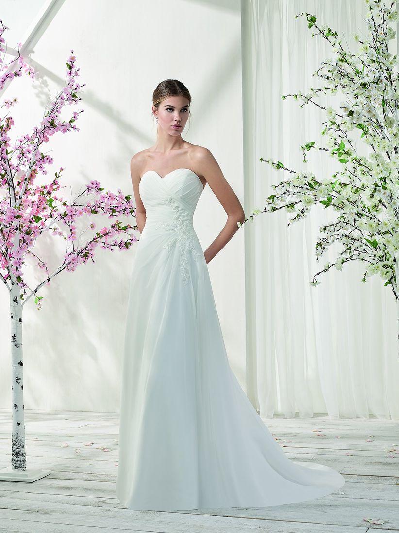 80 vestidos de novia con escote corazón que enamoran