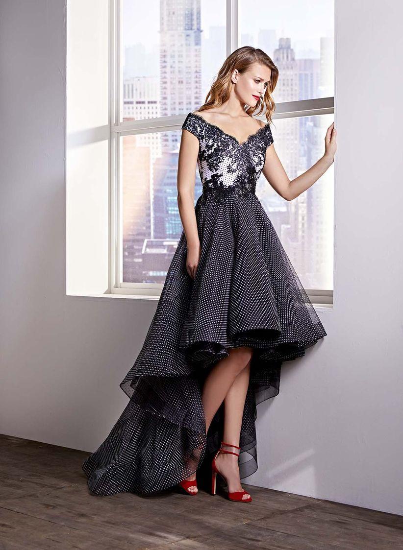 Vestido negro boda protocolo