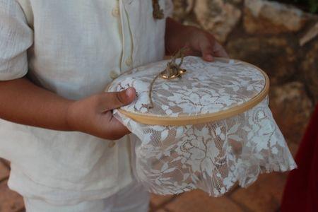 20 bastidores para alianzas de boda: ¡elige el tuyo!