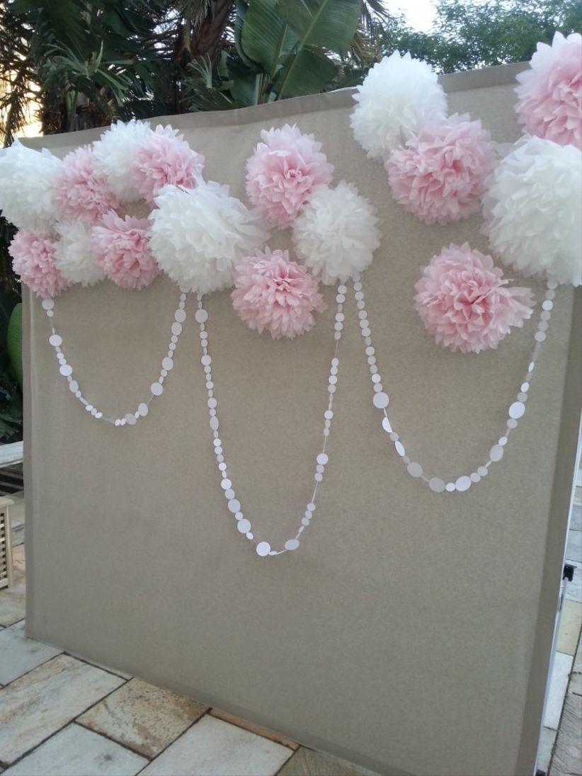 Ideas para una boda en rosa y blanco - Photocall boda casero ...