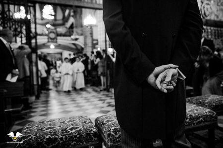 Protocolo de entrada y salida de la iglesia