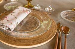 10 imprescindibles en la decoración de las mesas del banquete