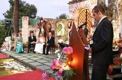�Oficiante o familiar para la boda civil?