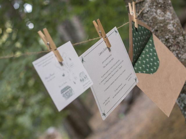 ¿Cuál es el orden de los nombres en las invitaciones de boda?