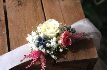 El corsage, un accesorio perfecto para tus damas de honor (y para ti)