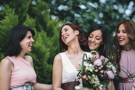 Todas las funciones de las damas de honor en las bodas