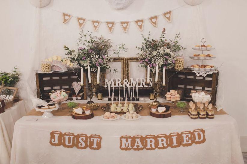 6 pasos b sicos para decorar la mesa de dulces de la boda - Objetos vintage para decorar ...