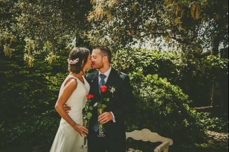 El mágico primer beso de recién casados