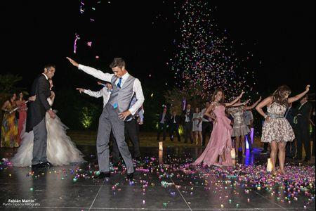 Sorprende a los novios con un divertido flashmob