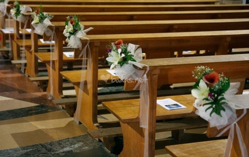 decoracin de iglesia sin flores