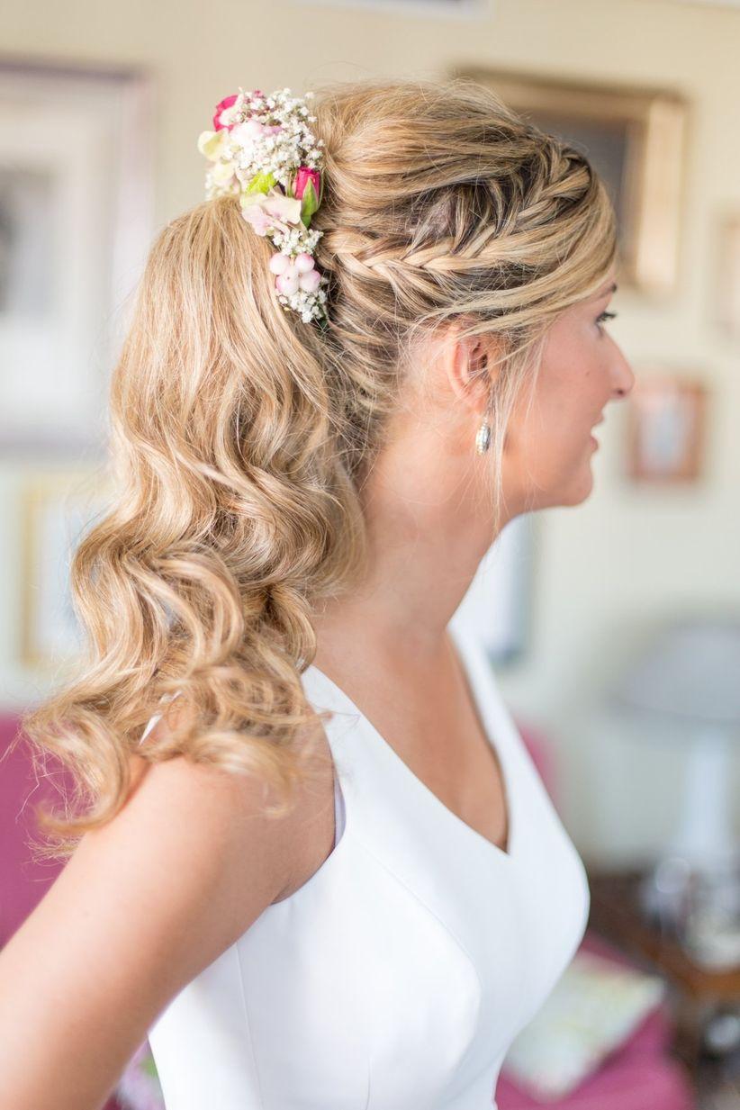 Trenzas para bodas 22 peinados para novias con estilo for Trenza boda