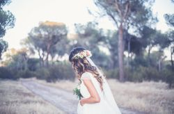 45 peinados con pelo suelto para novias