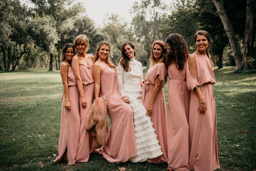 791afe793 Antes del gran día la novia deberá tomar una lista interminable de  decisiones, muchas junto a su pareja, pero muchas otras con la ayuda  inestimable de un ...