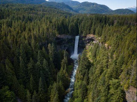 Luna de miel en Canadá: 5 destinos que os enamorarán