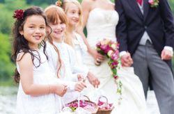 Cómo lidiar con pajes de boda algo revoltosos