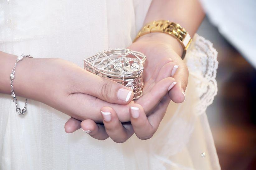Anular Matrimonio Catolico : Anillos de compromiso alianzas y arras origen simbolismo