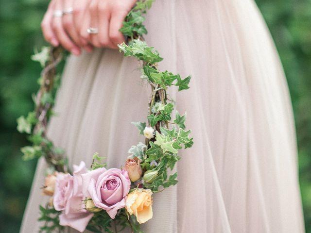 Ramos de novia a la última... ¡descubre los hoop bouquets!