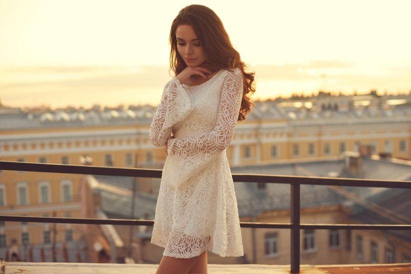 Modelos de vestidos de novia cortos y sencillos