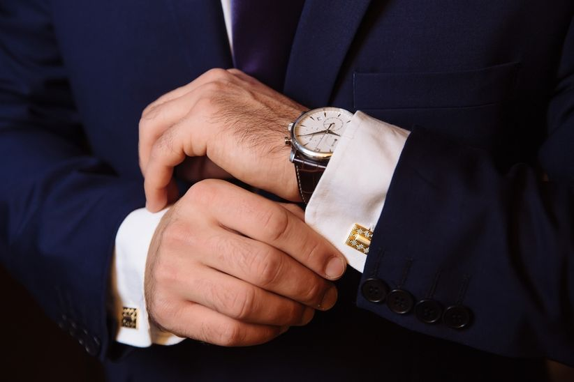 novio-reloj-puo-camisa-gemelos-oro-.jpg