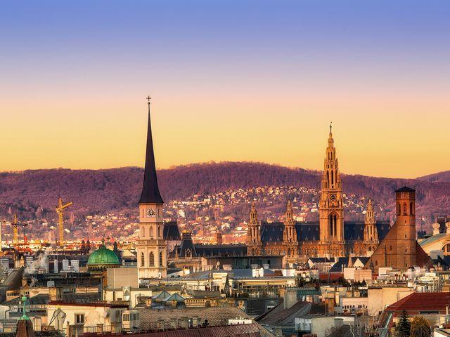 Luna de miel romántica: Viena, Budapest y Praga