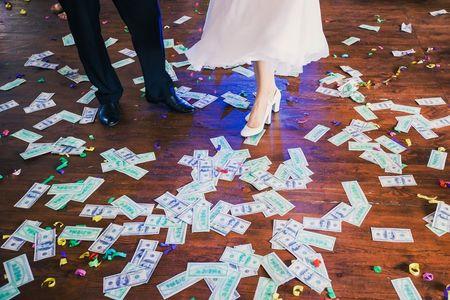 Cómo decirles a tus invitados que te regalen dinero