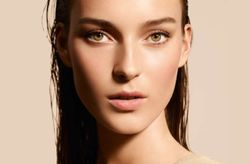 """Life is a Cruise"" la propuesta beauty de Armani para tu look de novia"