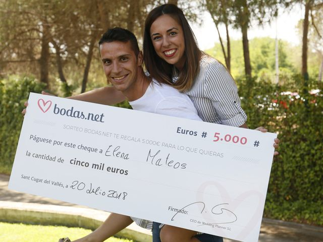¡A un año de su enlace y con los 5000 euros del sorteo mensual de Bodas.net en el bolsillo!