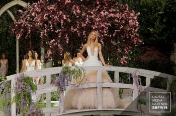 El desfile de vestidos de novia Atelier Pronovias 2019 inaugura la Barcelona Bridal Fashion Week