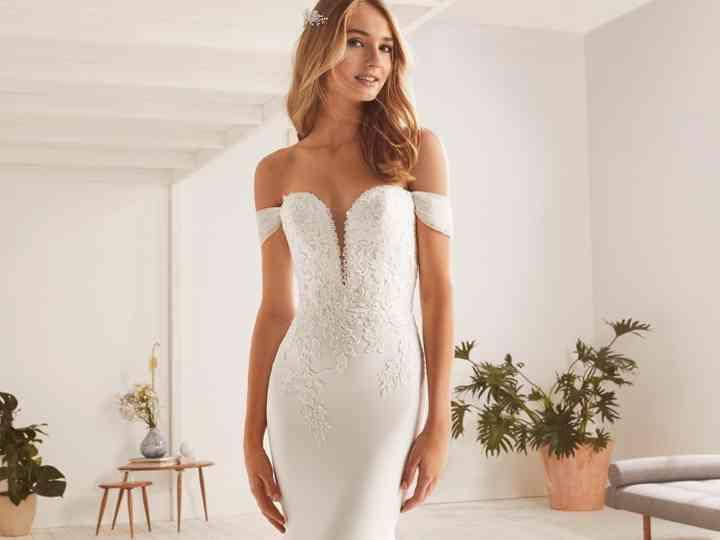 Vestidos de novia White One 2019