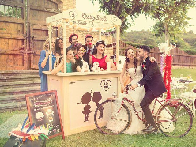 Ideas originales para bodas: ¡poned un 'kissing booth' el día B!