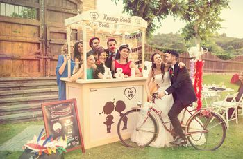 Ideas originales para bodas: ¡poned un kissing booth en vuestro enlace!