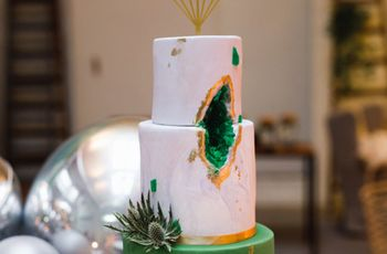Tartas geoda. ¡Descubrid lo último en pastelería nupcial!