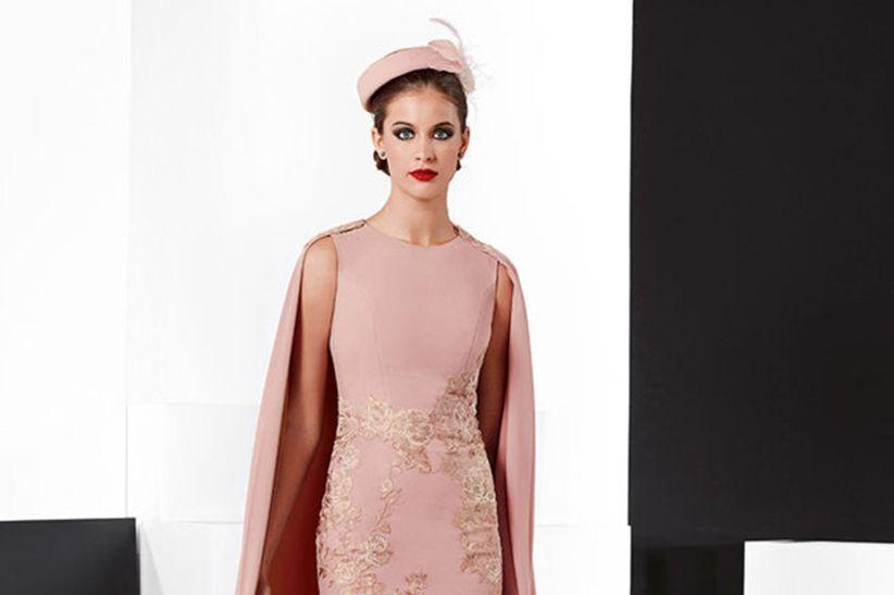 f913e5083 29 vestidos de madrina Franc Sarabia 2019
