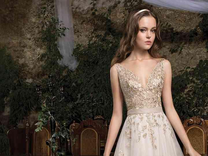 Vestidos de novia Cosmobella 2019