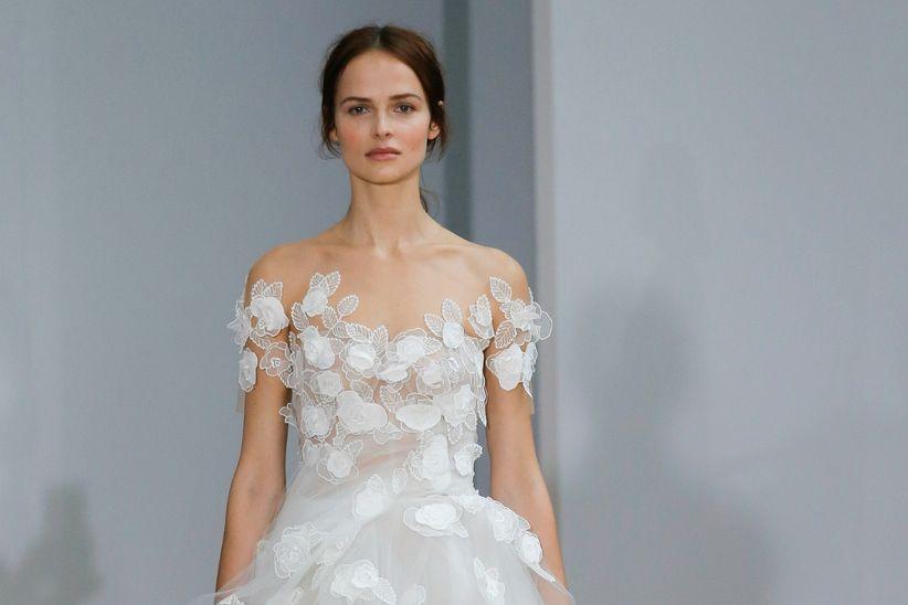 vestidos de novia oscar de la renta 2018: vuelve el romanticismo