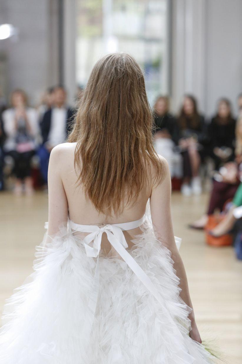 d0793007f Vestidos de novia Oscar de la Renta 2018  vuelve el romanticismo
