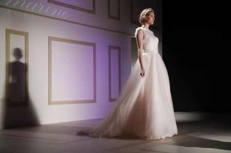 Blumarine 2018: novias con filosofía effortless chic
