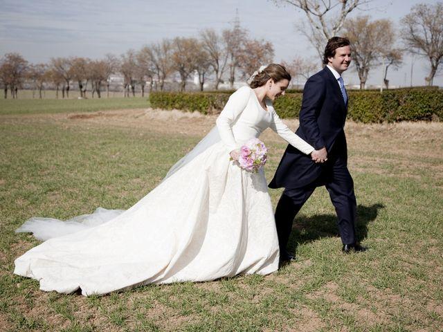 La boda de Álvaro y Patricia en El Puchero de Plata
