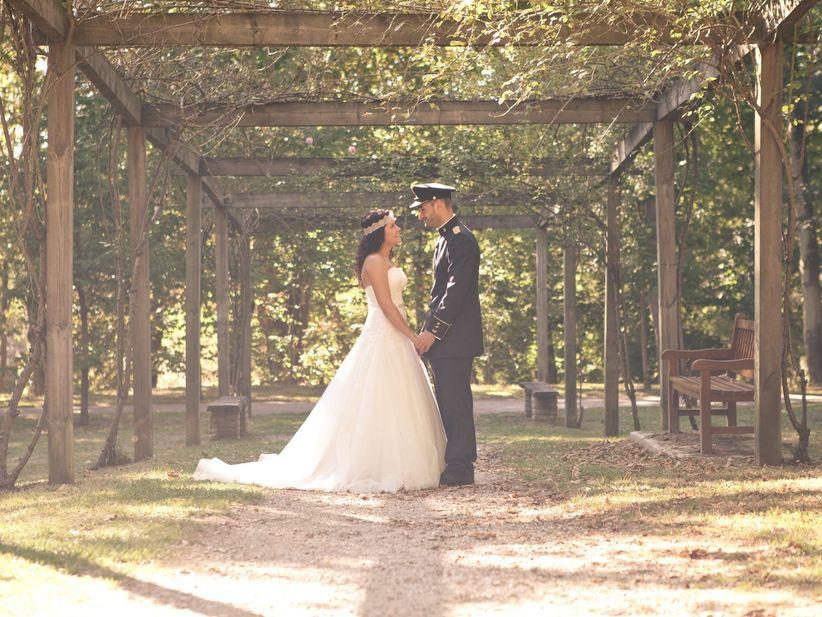 novios militares: ¡conoce sus bodas!