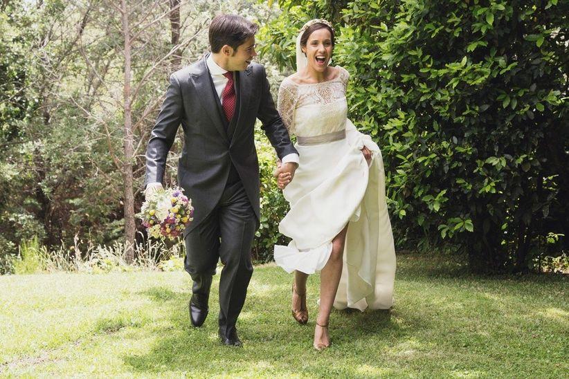 052bf3b2c 35mm fotógrafas. Elegir bien entre la amplia oferta en vestidos de novia es  muy importante ...