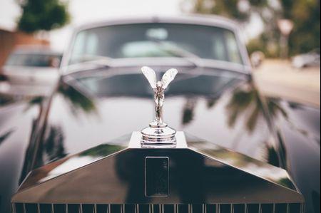 El coche de la novia: conoce todo sobre el vehículo nupcial