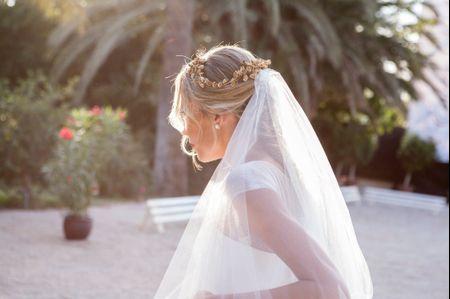 12 tocados de novia románticos, déjate conquistar