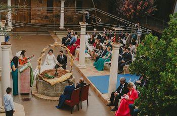 44 ideas para decorar un romántico altar al aire libre