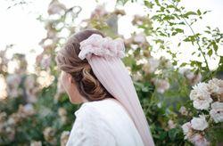 Lo �ltimo: velos de color para la novia